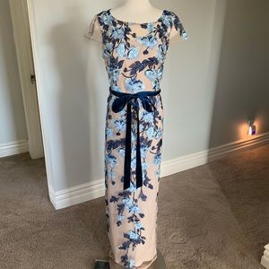 Amazing Embroidered long Papell gown dress fits 14